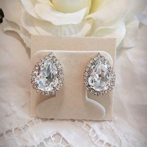 Vintage Crystal Tear Drop Earrings
